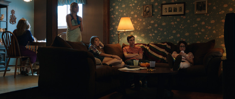 Images of It Follows | 786x333