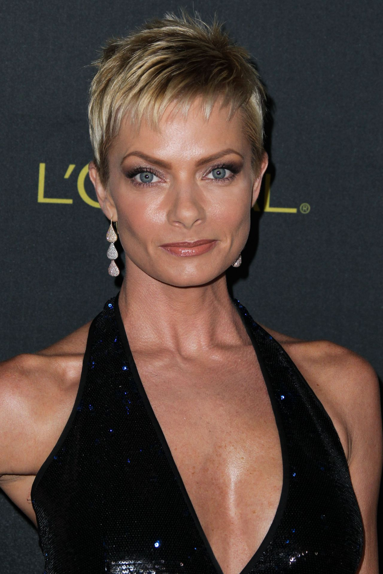 1280x1920 > Jaime Pressly Wallpapers