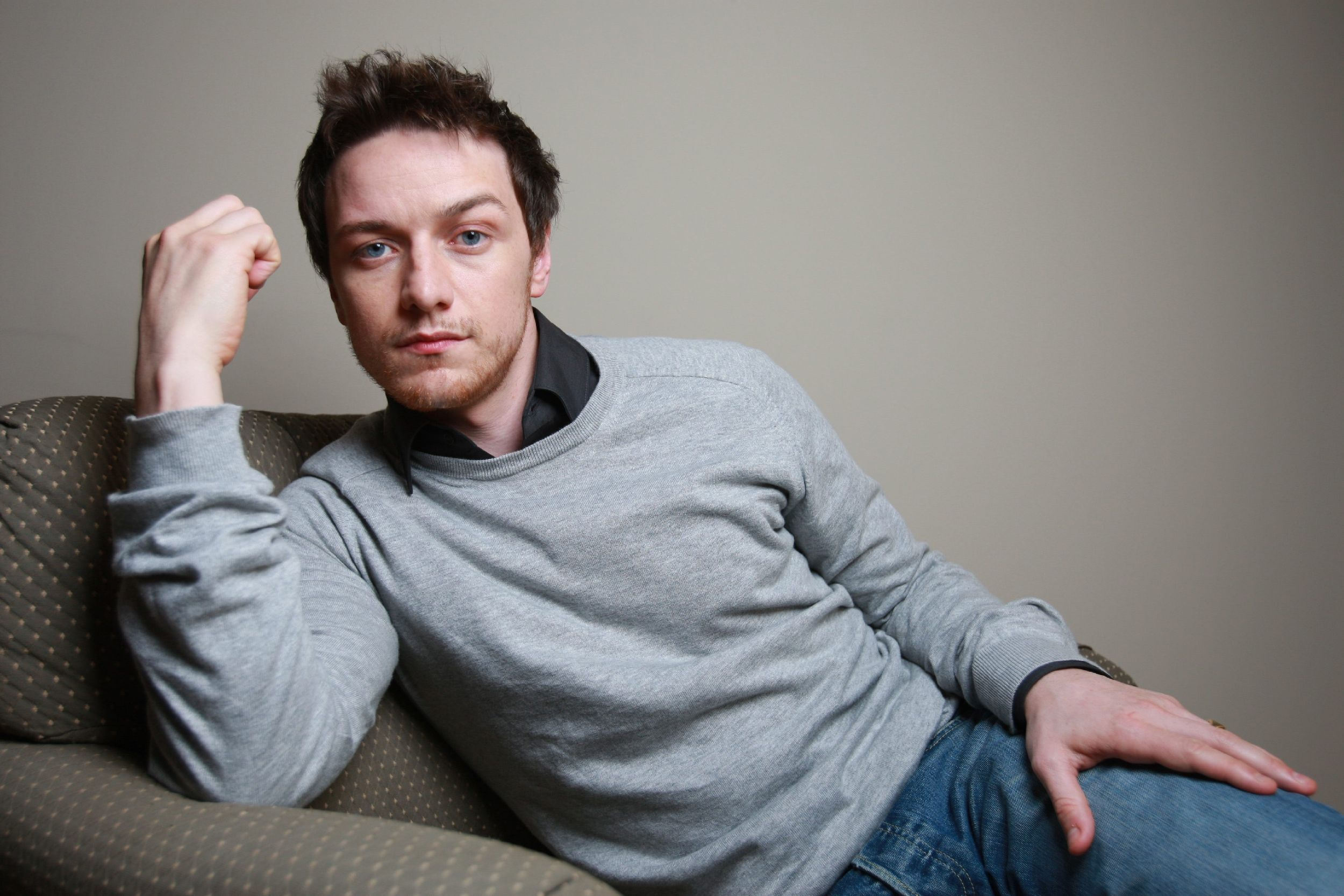 2500x1667 > James McAvoy Wallpapers