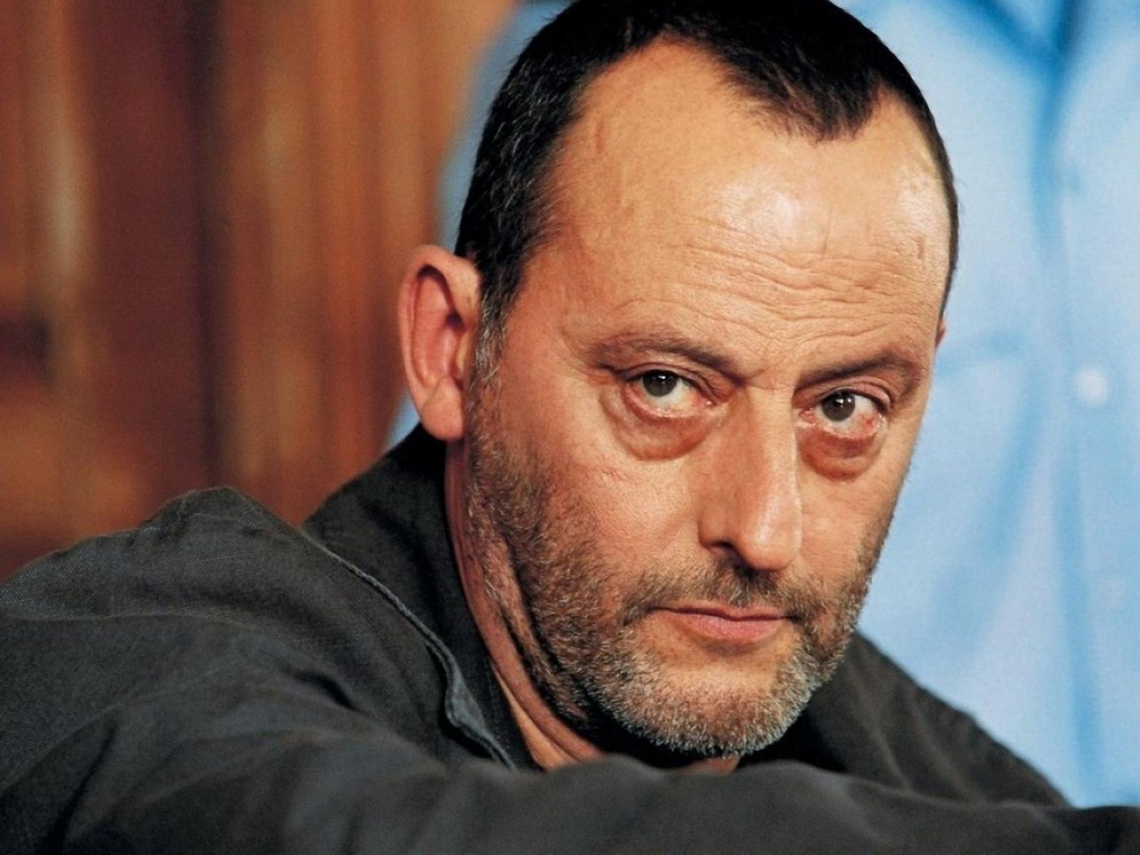HD Quality Wallpaper   Collection: Celebrity, 1600x1200 Jean Reno