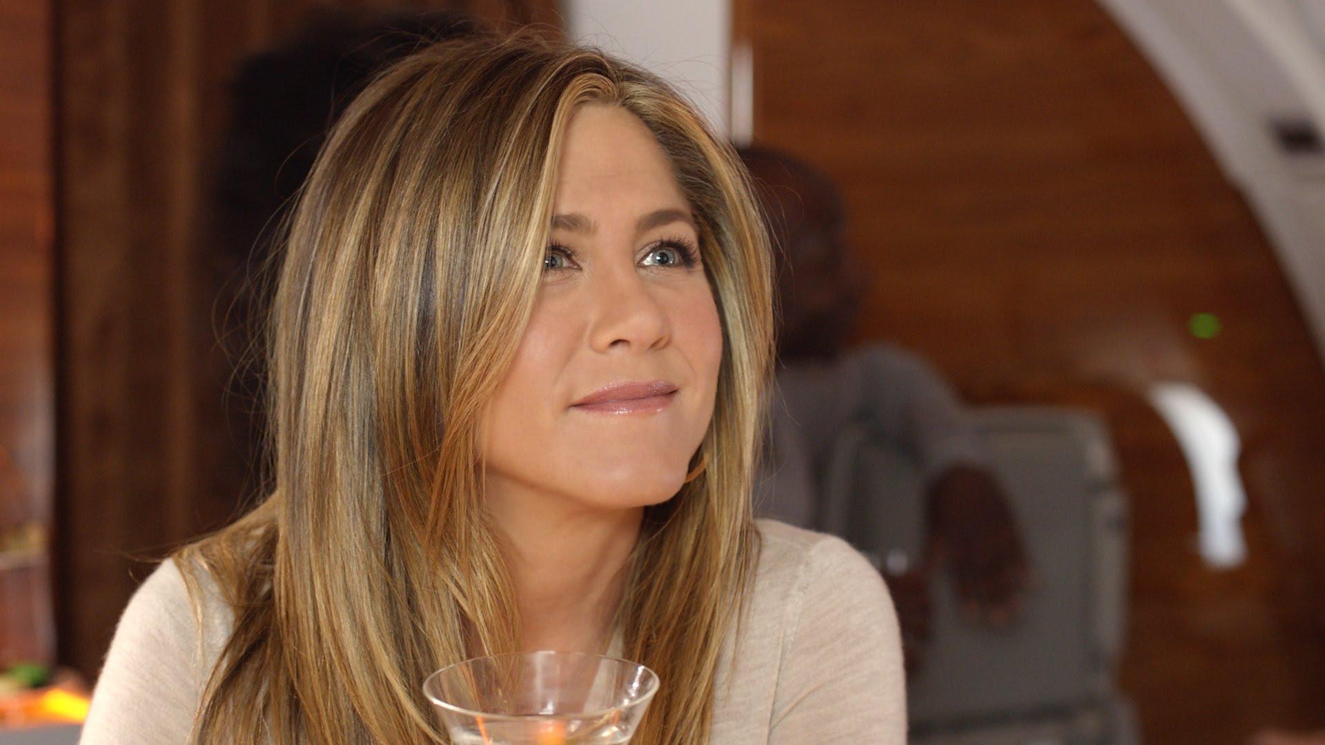 HQ Jennifer Aniston Wallpapers | File 243.69Kb