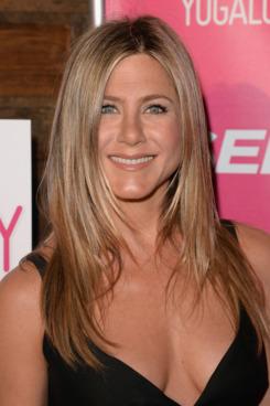 Amazing Jennifer Aniston Pictures & Backgrounds