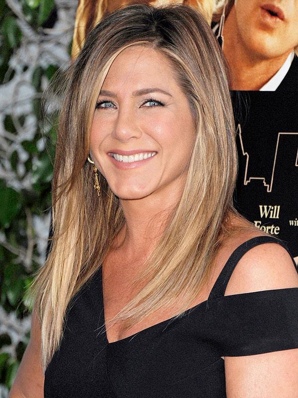 Nice Images Collection: Jennifer Aniston Desktop Wallpapers