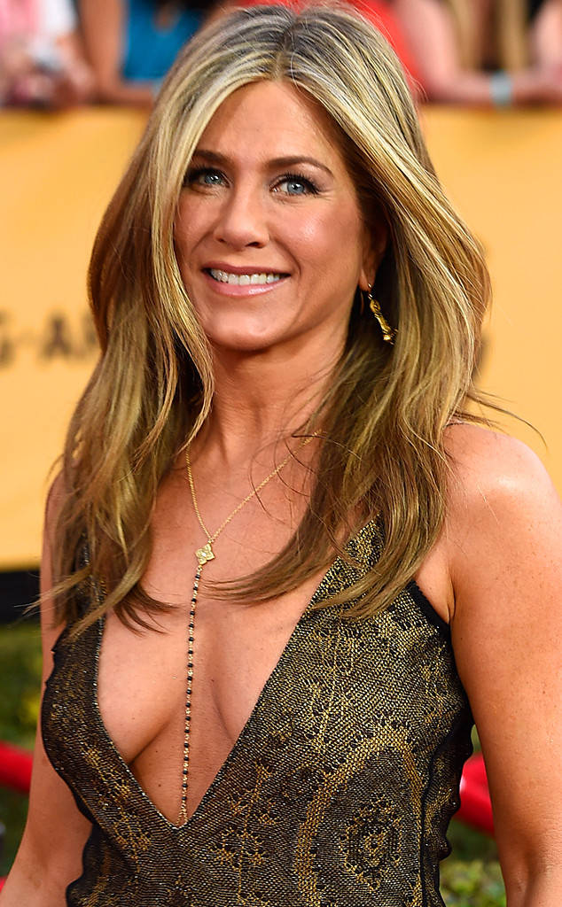 634x1024 > Jennifer Aniston Wallpapers