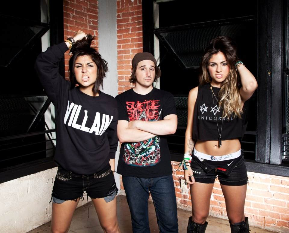 Images of Krewella | 960x776