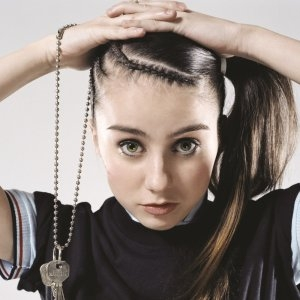 300x300 > Lady Sovereign Wallpapers