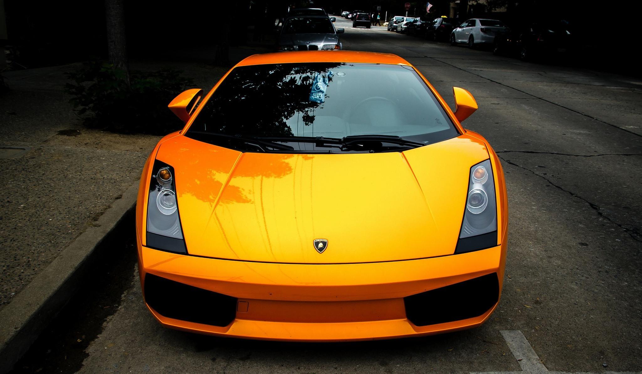 HD Quality Wallpaper   Collection: Vehicles, 2048x1192 Lamborghini Gallardo