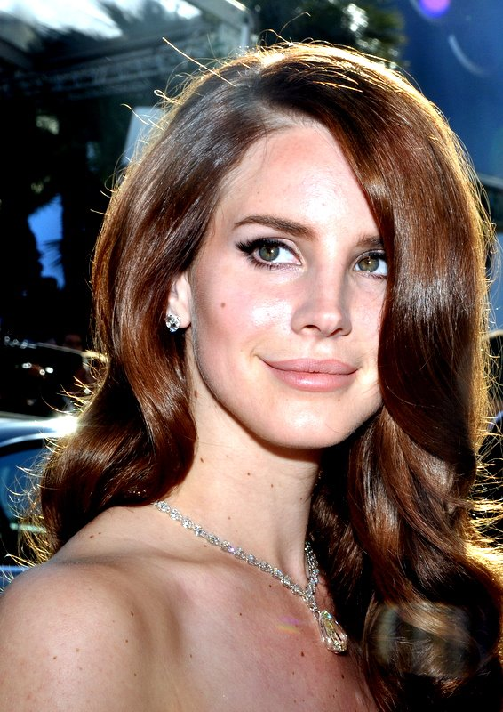 HD Quality Wallpaper | Collection: Music, 566x800 Lana Del Rey