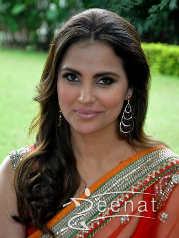 Images of Lara Dutta | 580x768