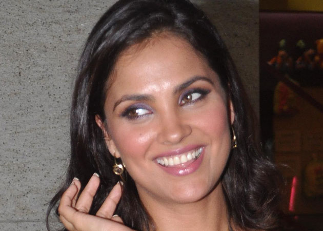 Images of Lara Dutta | 630x450