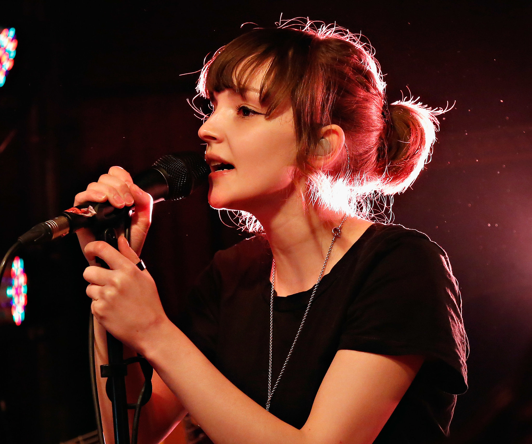 Images of Lauren Mayberry | 2048x1711
