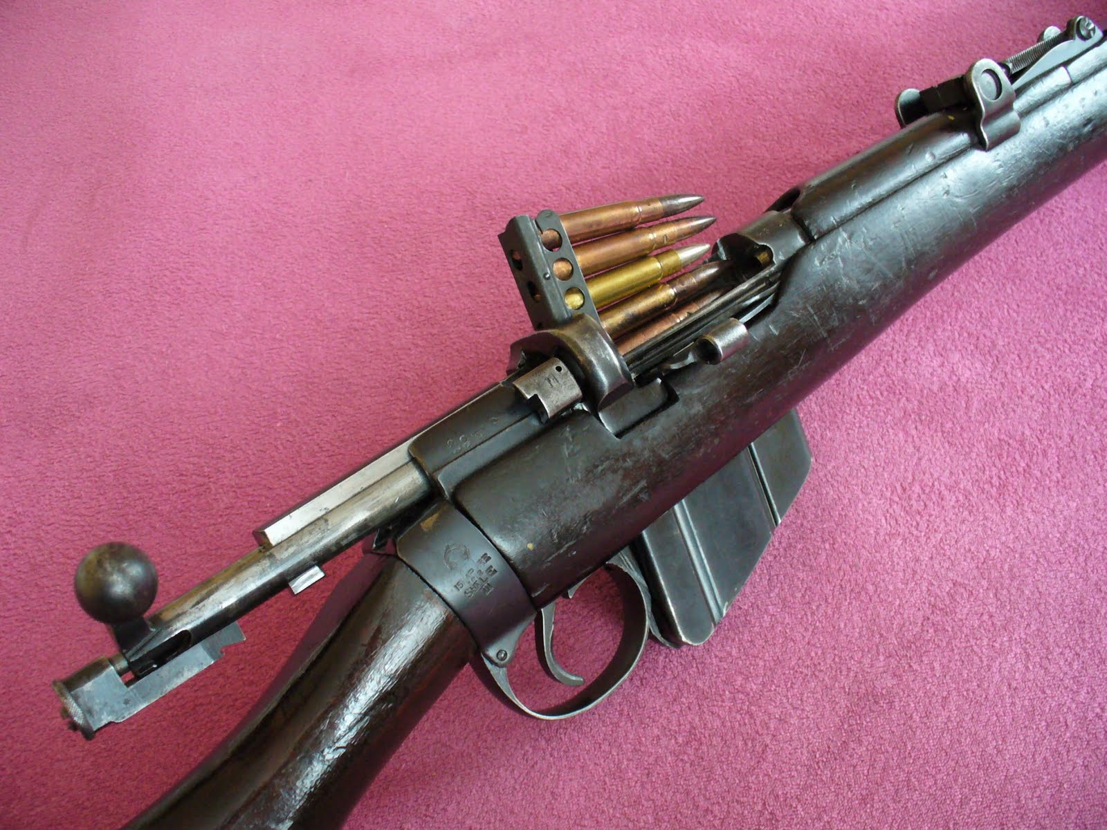 High Resolution Wallpaper | Lee Enfield Mk Iii Rifle 1600x1200 px