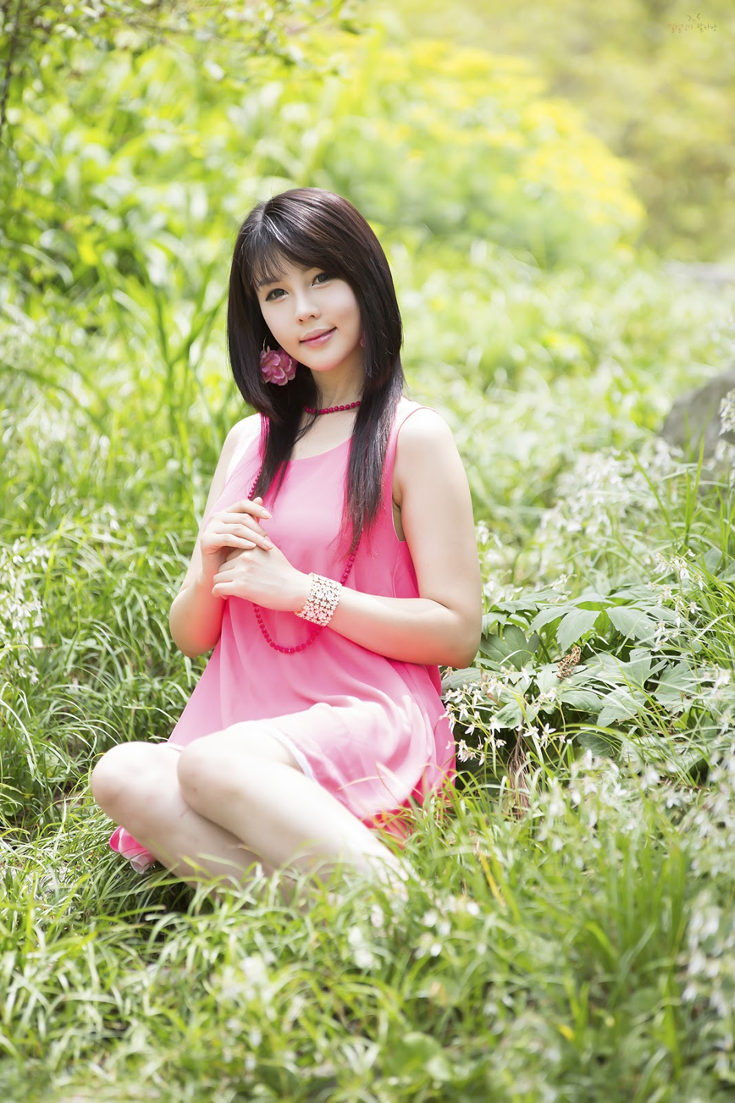 Nice wallpapers Lee Ji Woo 1067x1600px