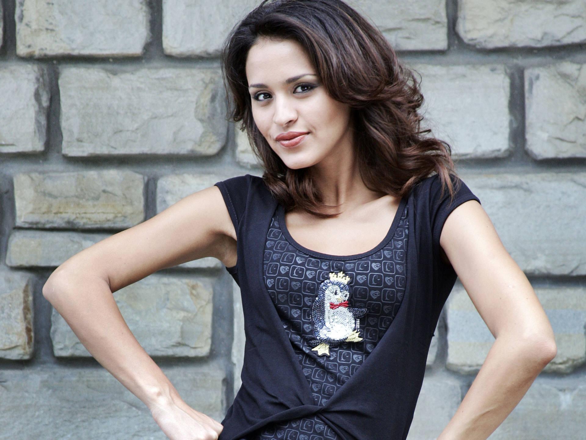 Amazing Leila Ben Khalifa Pictures & Backgrounds