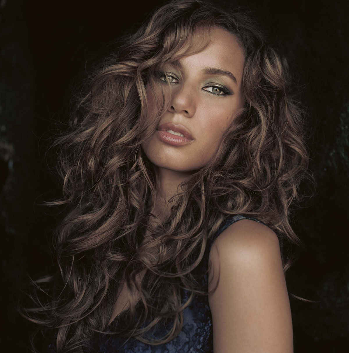 Nice Images Collection: Leona Lewis Desktop Wallpapers