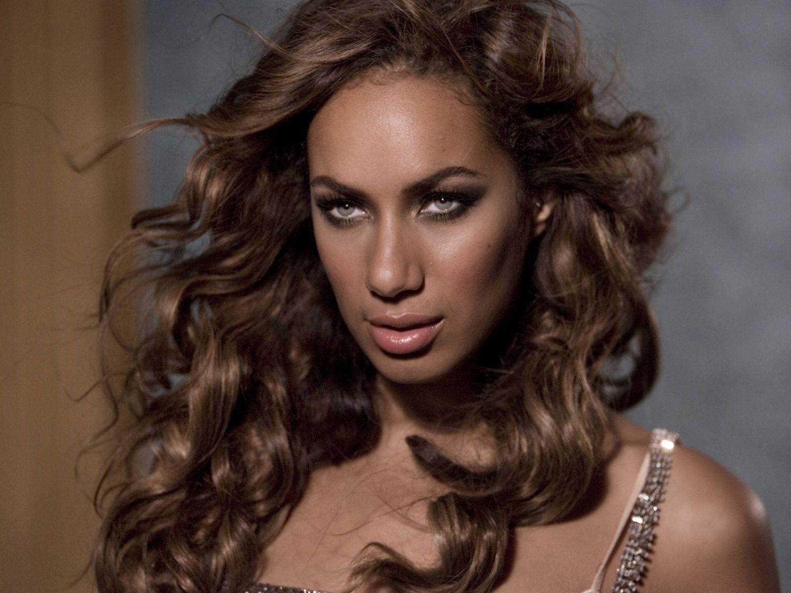 Leona Lewis Backgrounds, Compatible - PC, Mobile, Gadgets| 1600x1200 px
