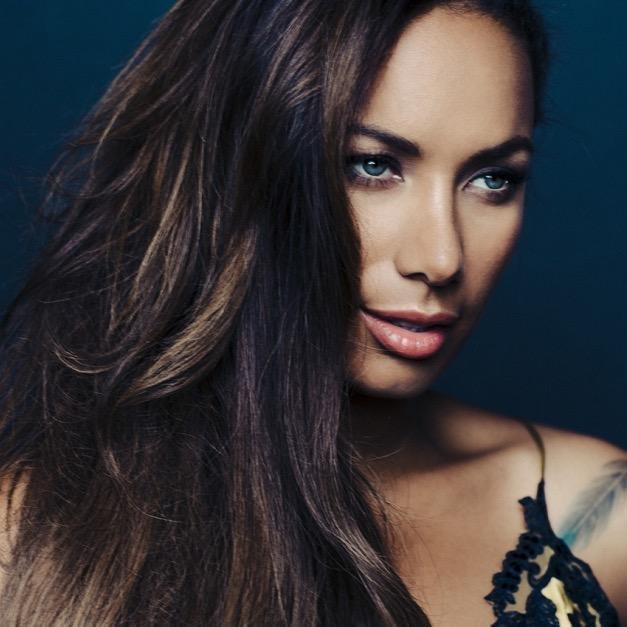 Amazing Leona Lewis Pictures & Backgrounds