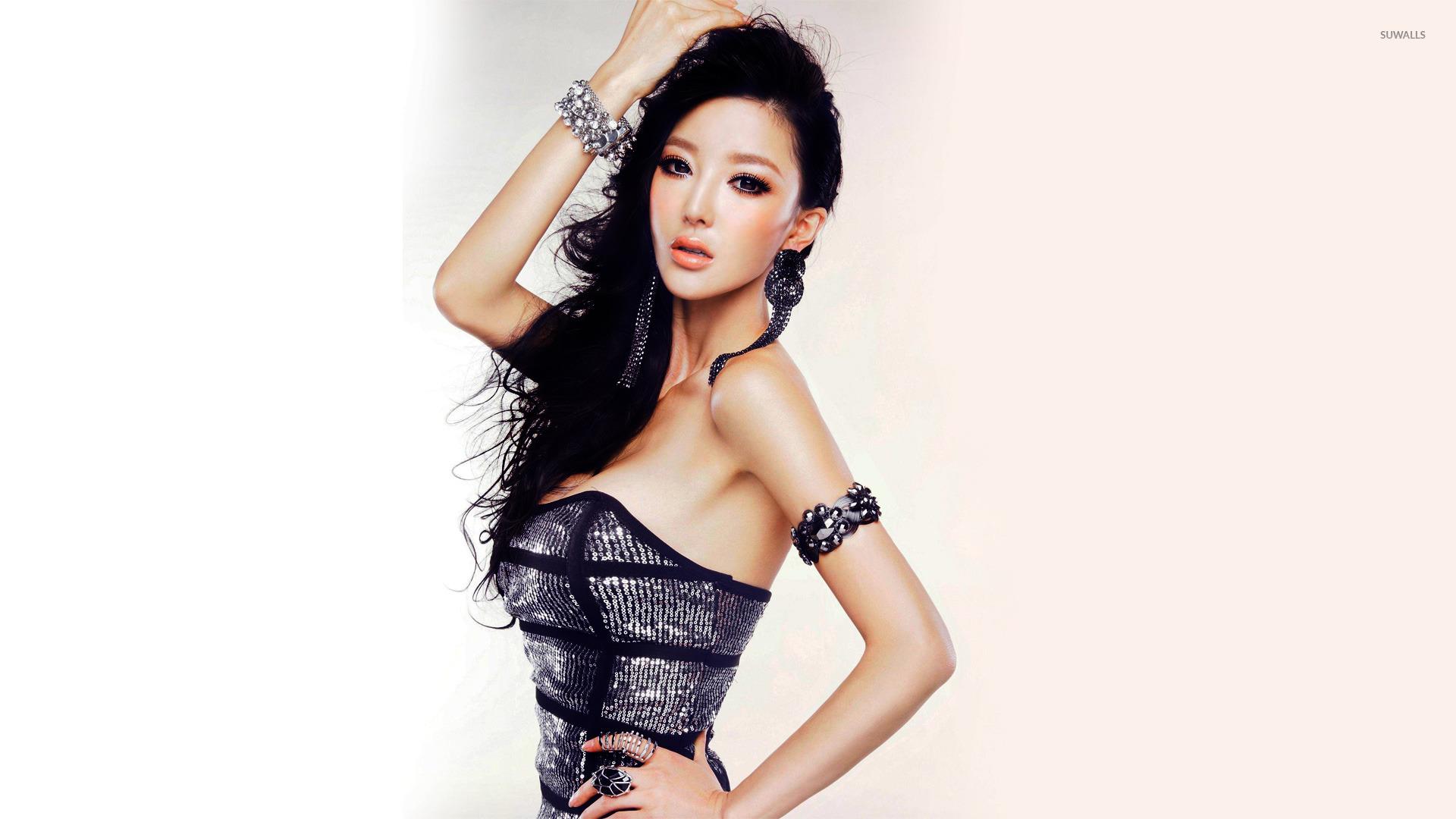 Nice Images Collection: Li Ying Zhi Desktop Wallpapers