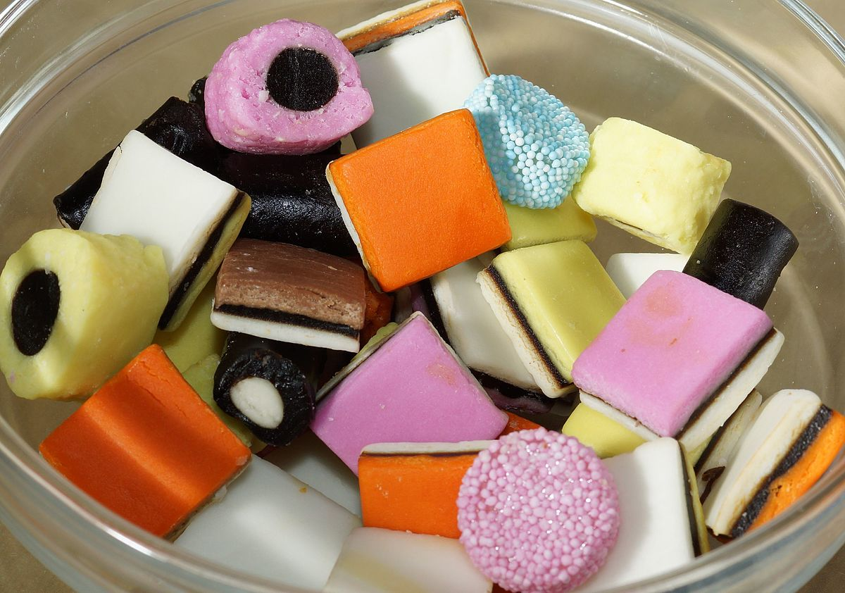 Licorice Alsorts Backgrounds, Compatible - PC, Mobile, Gadgets| 1200x842 px
