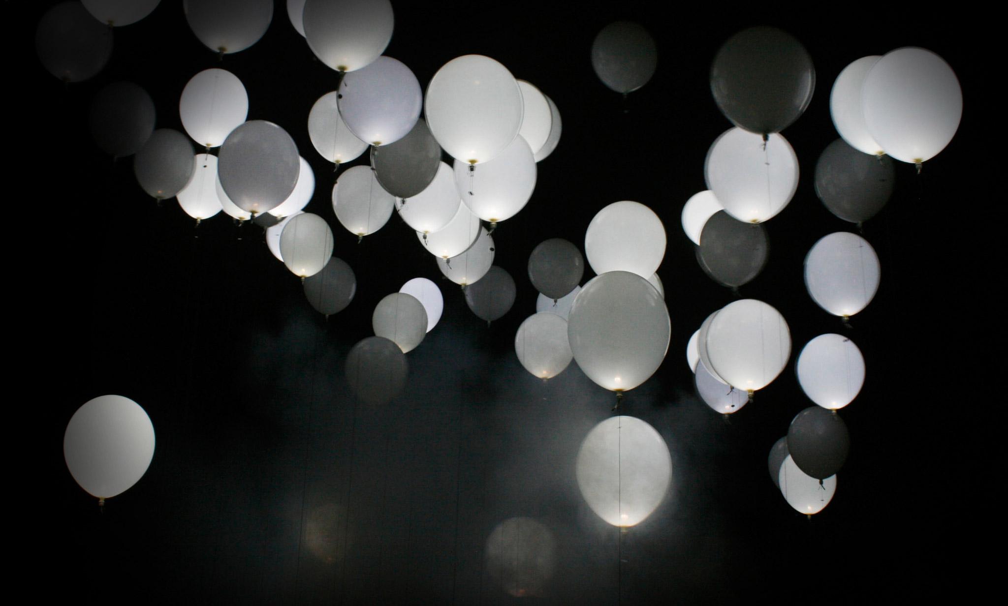HQ Lights Wallpapers | File 244.07Kb