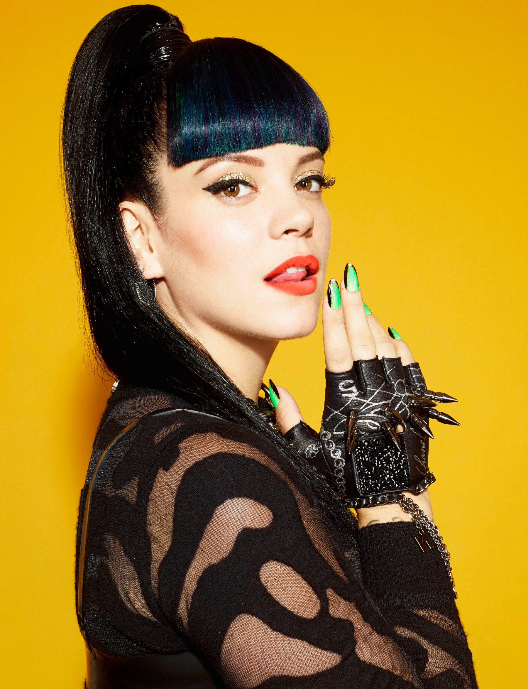 Nice Images Collection: Lily Allen Desktop Wallpapers