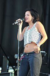 Nice wallpapers Lily Allen 170x256px