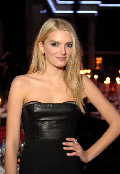 Lily Donaldson Backgrounds on Wallpapers Vista