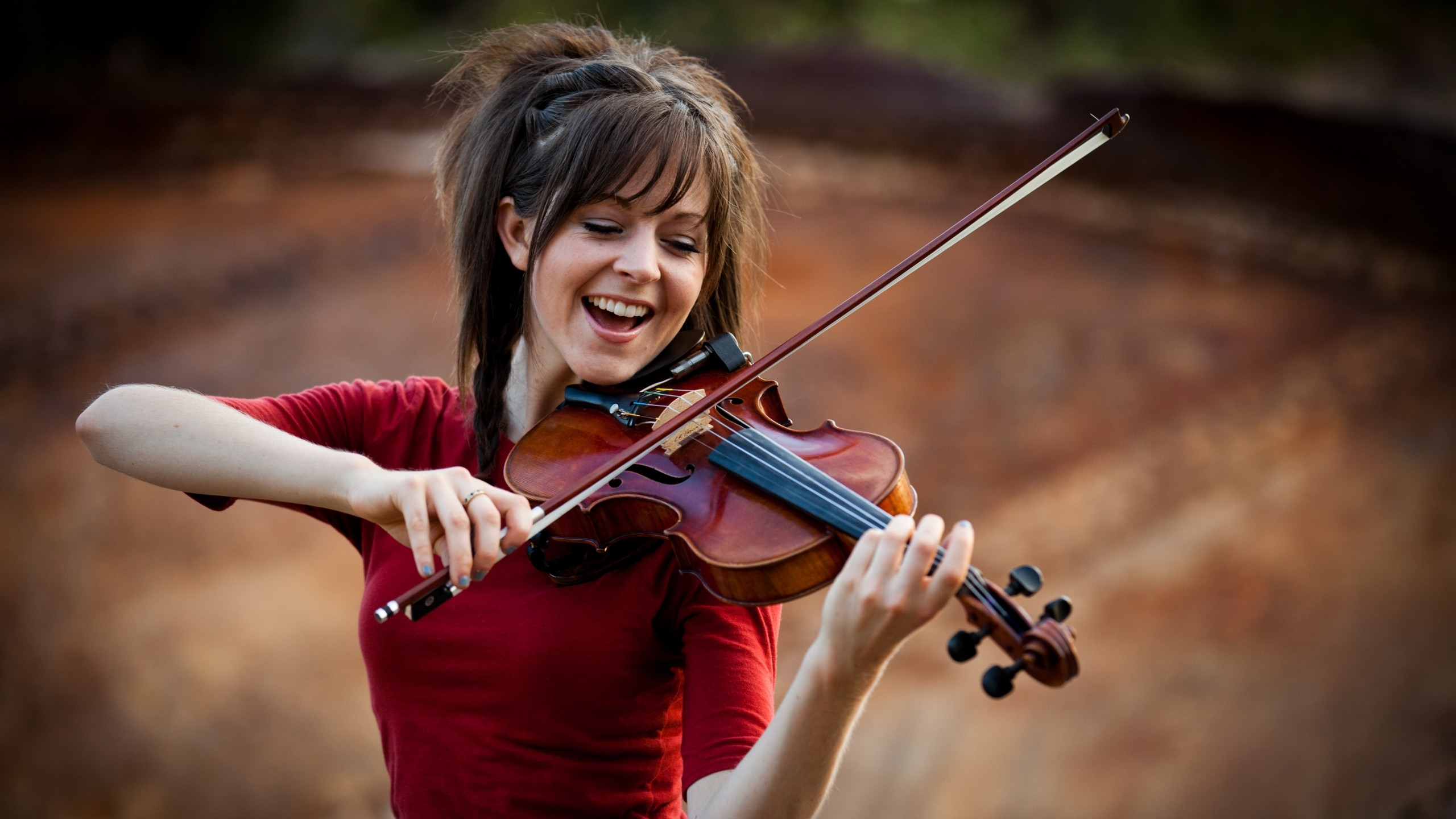 HQ Lindsey Stirling Wallpapers | File 463.66Kb