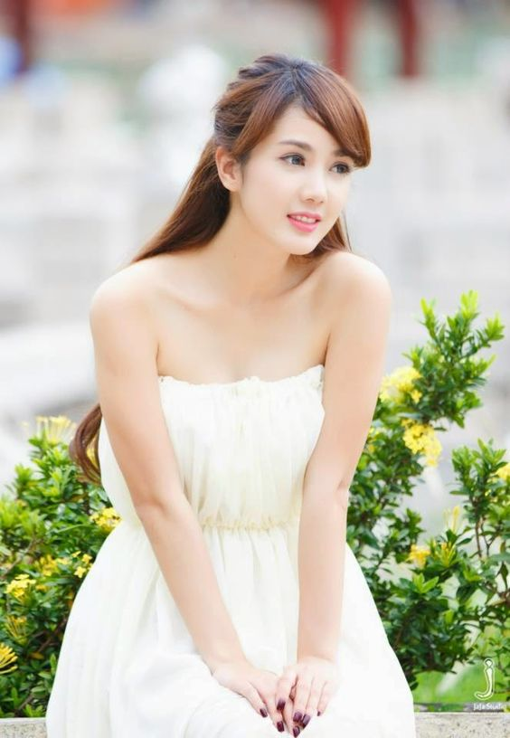 Linh Napie High Quality Background on Wallpapers Vista