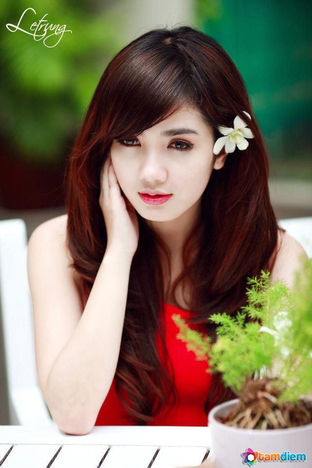 HQ Linh Napie Wallpapers | File 71.01Kb
