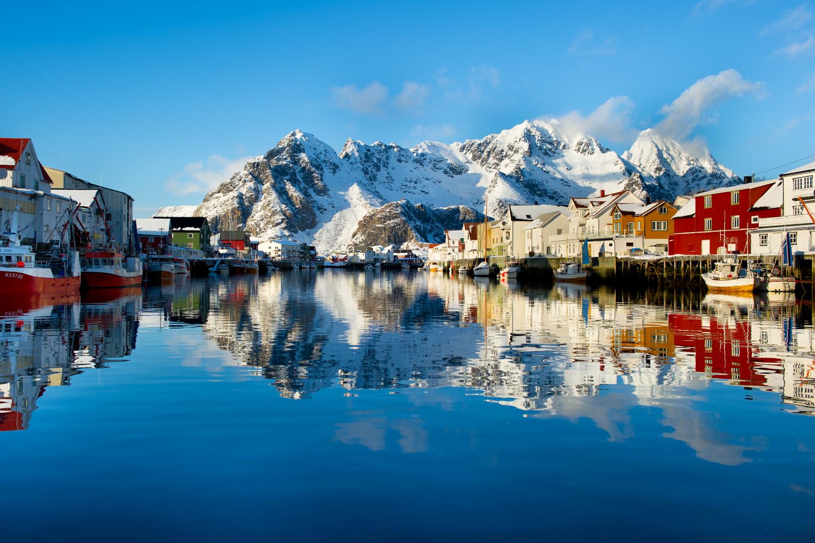 Amazing Lofoten Pictures & Backgrounds