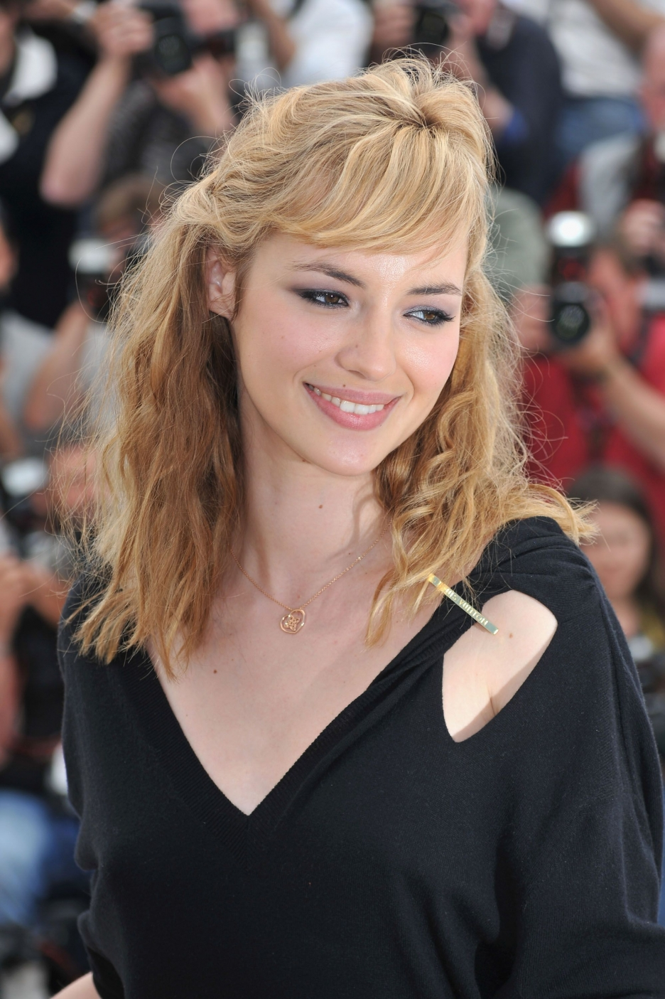 Nice Images Collection: Louise Bourgoin Desktop Wallpapers