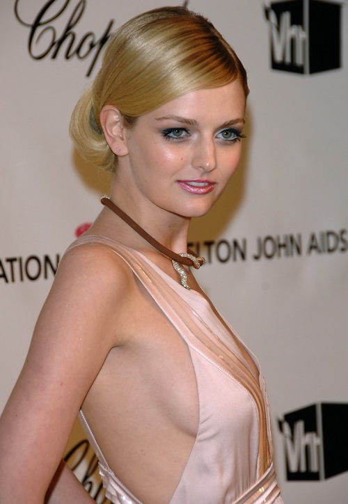 500x725 > Lydia Hearst-Shaw Wallpapers