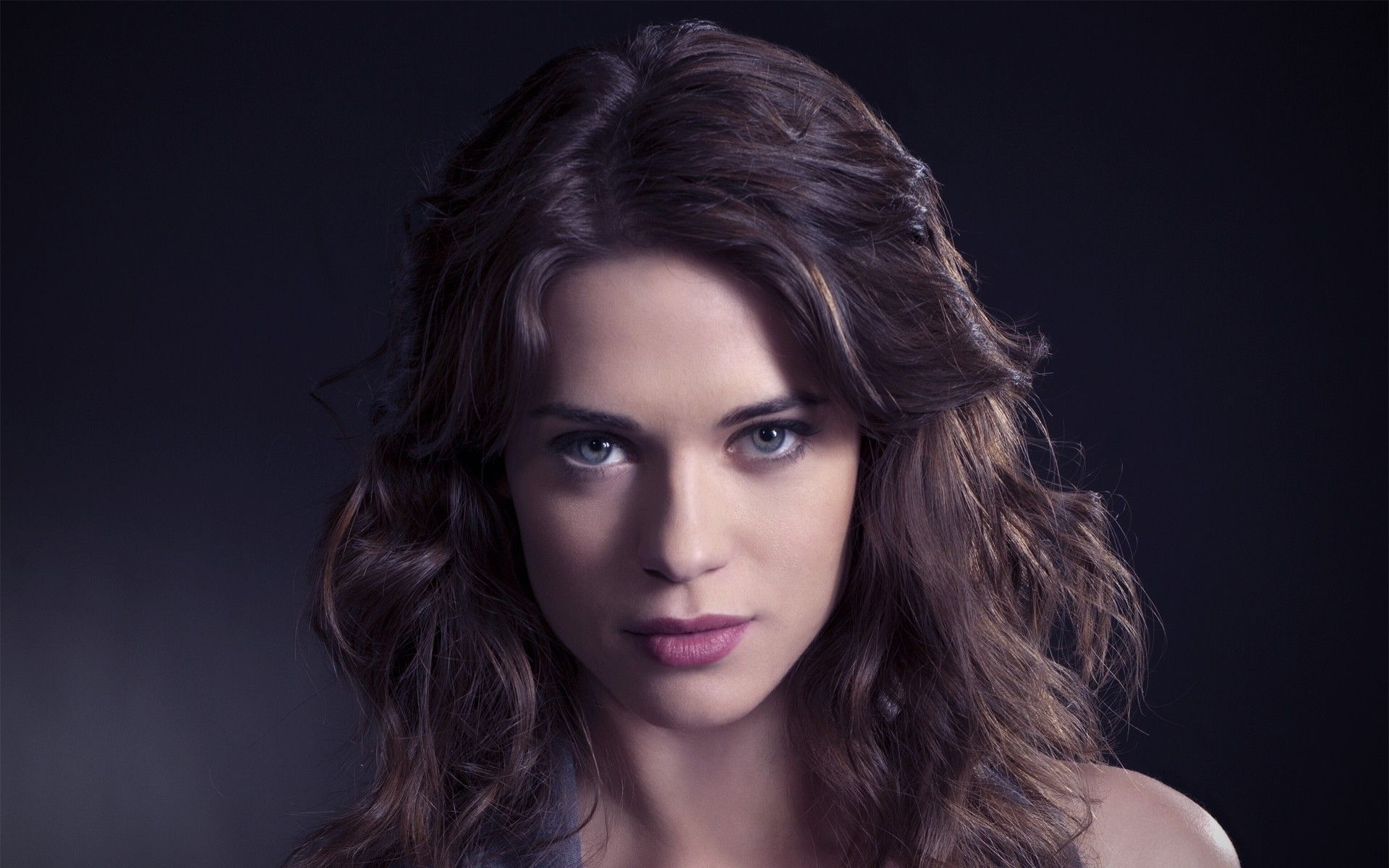 1920x1200 > Lyndsy Fonseca Wallpapers