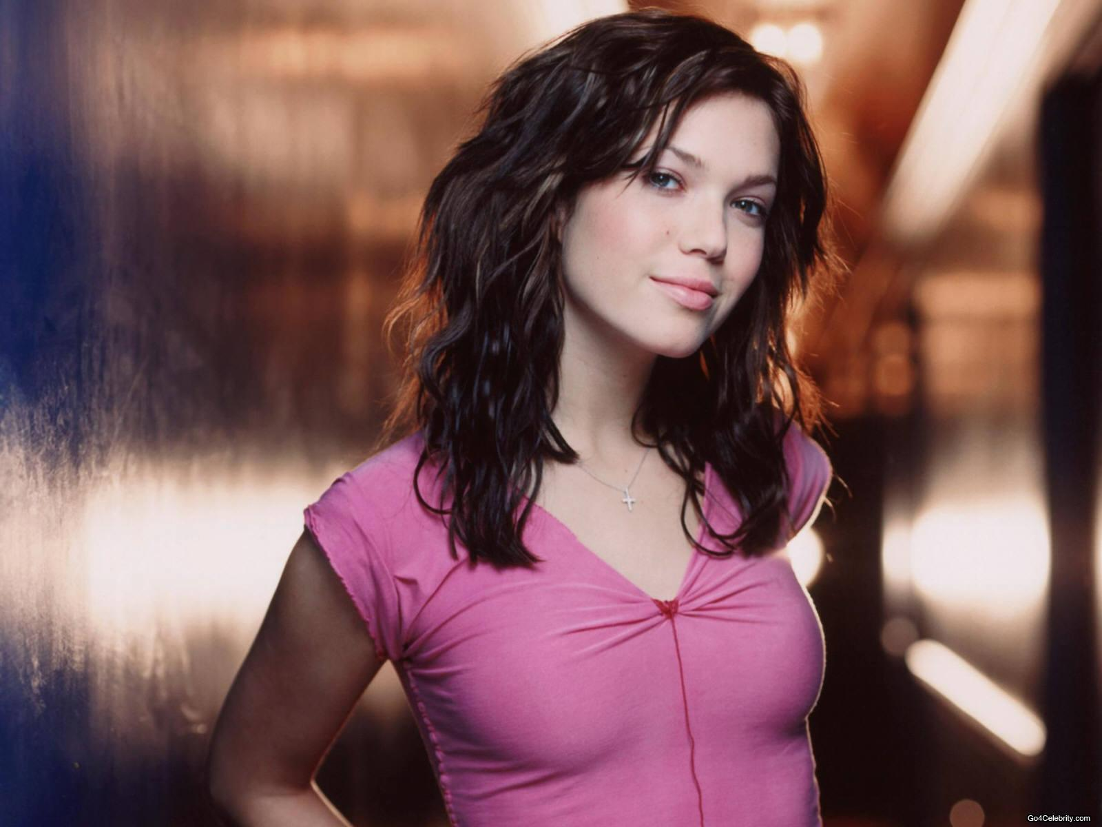 Amazing Mandy Moore Pictures & Backgrounds