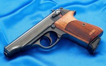 HQ Manurhin PP Pistol Wallpapers   File 17.65Kb