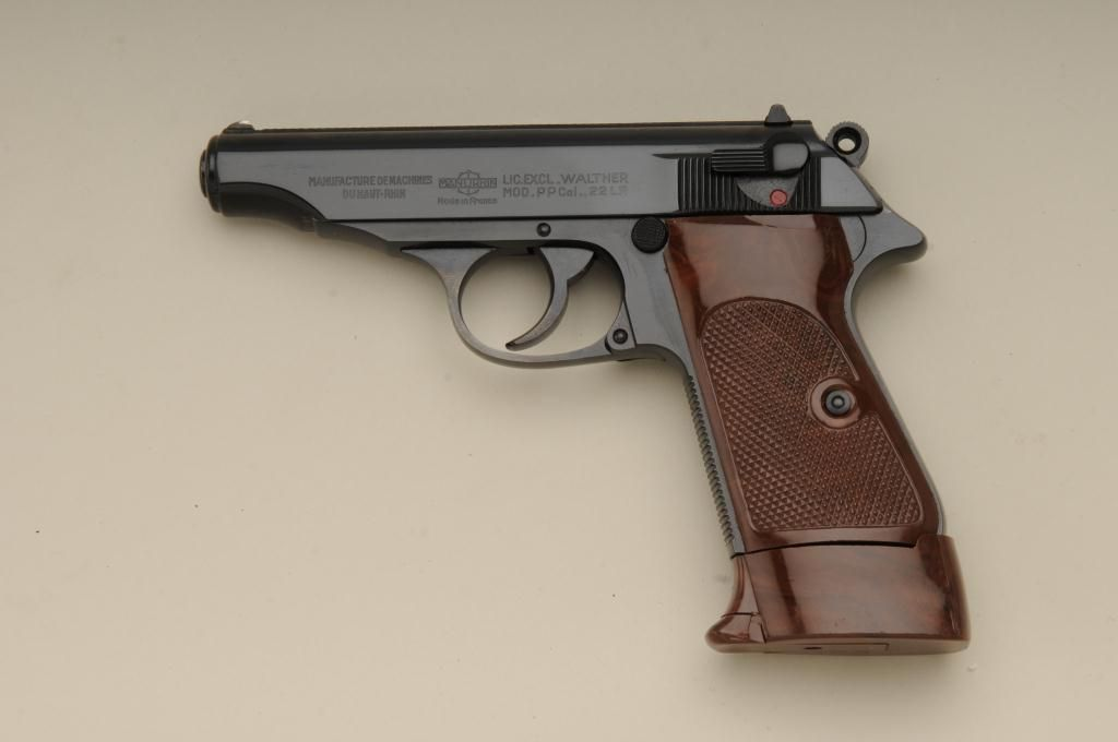 HD Quality Wallpaper   Collection: Weapons, 1024x680 Manurhin PP Pistol