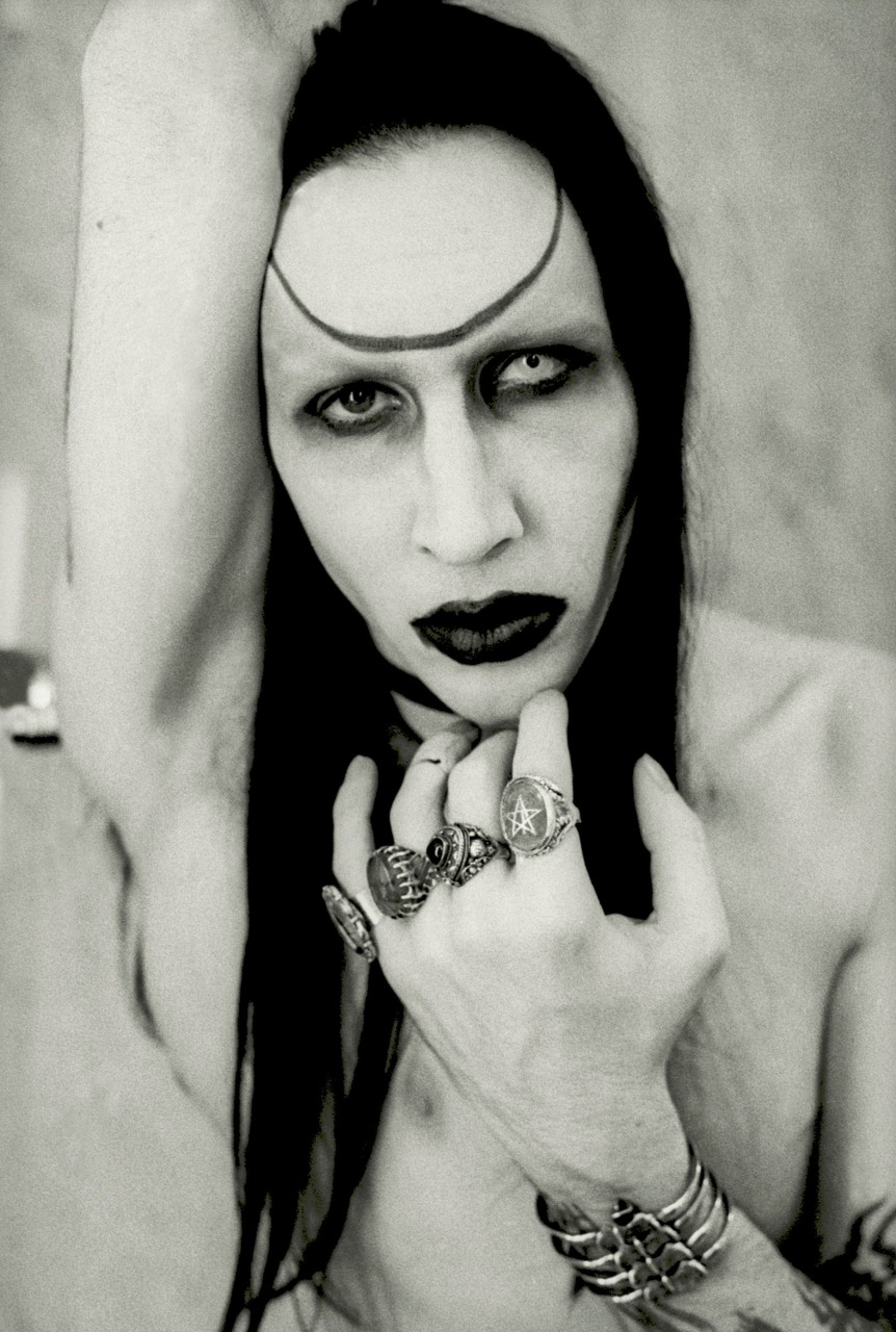 HD Quality Wallpaper   Collection: Music, 862x1280 Marilyn Manson