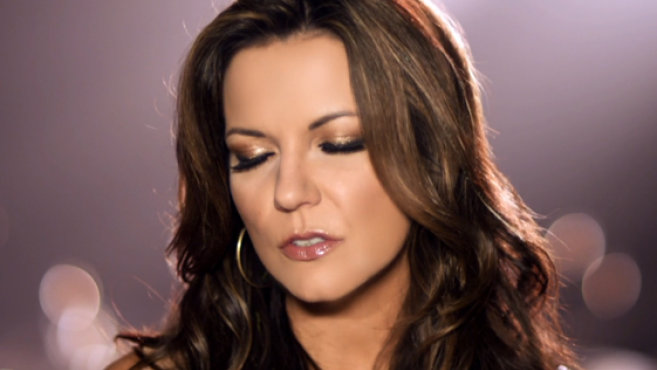 Amazing Martina Mcbride Pictures & Backgrounds