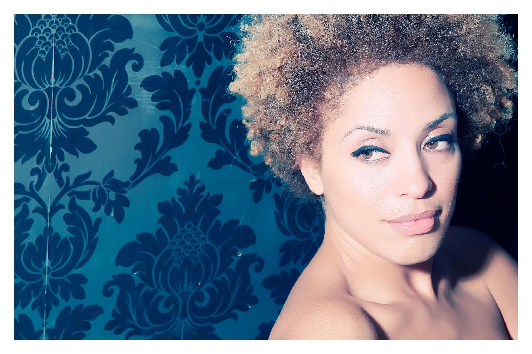 HD Quality Wallpaper | Collection: Music, 2048x1365 Martina Topley-bird