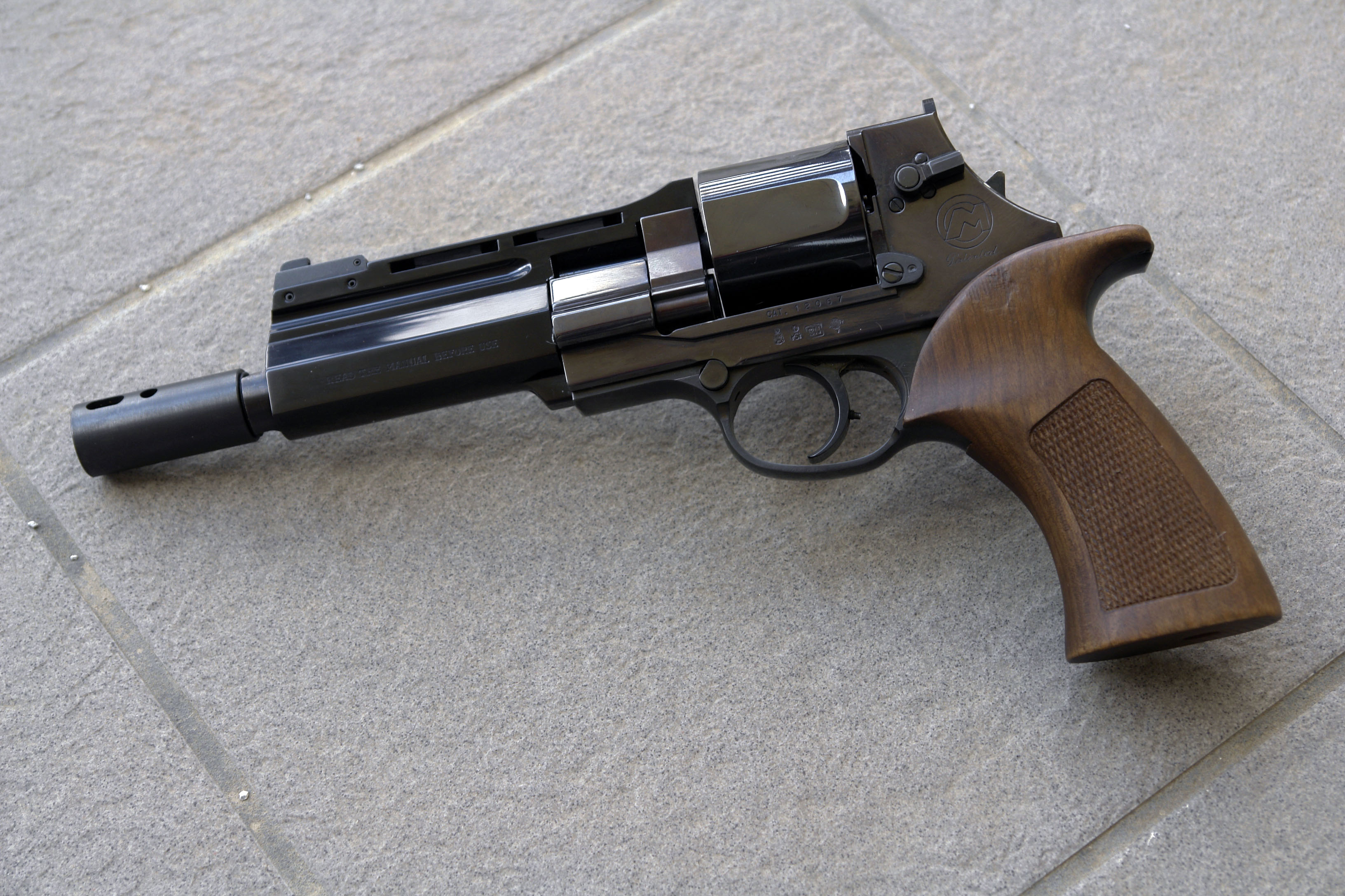 Images of Mateba Unica Revolver   3264x2176