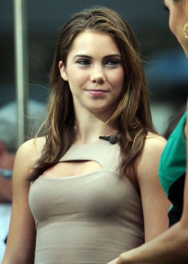 Anyone have HQ of this? : McKaylaMaroney