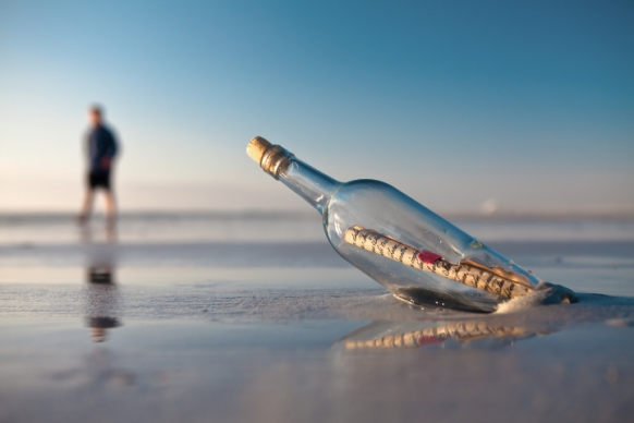 582x388 > Message Bottle Wallpapers