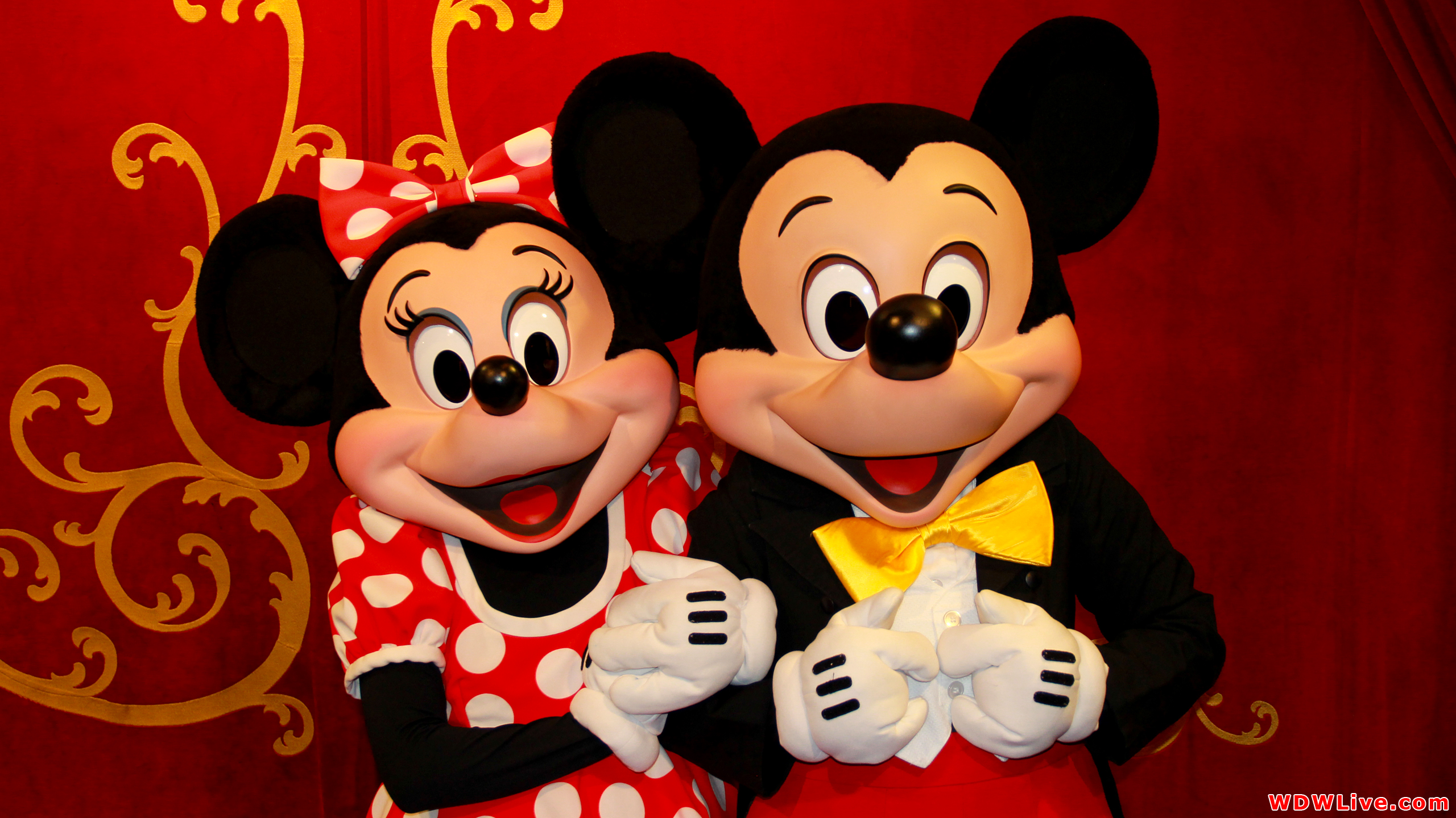 Mickey And Minnie Wallpapers Cartoon Hq Mickey And Minnie