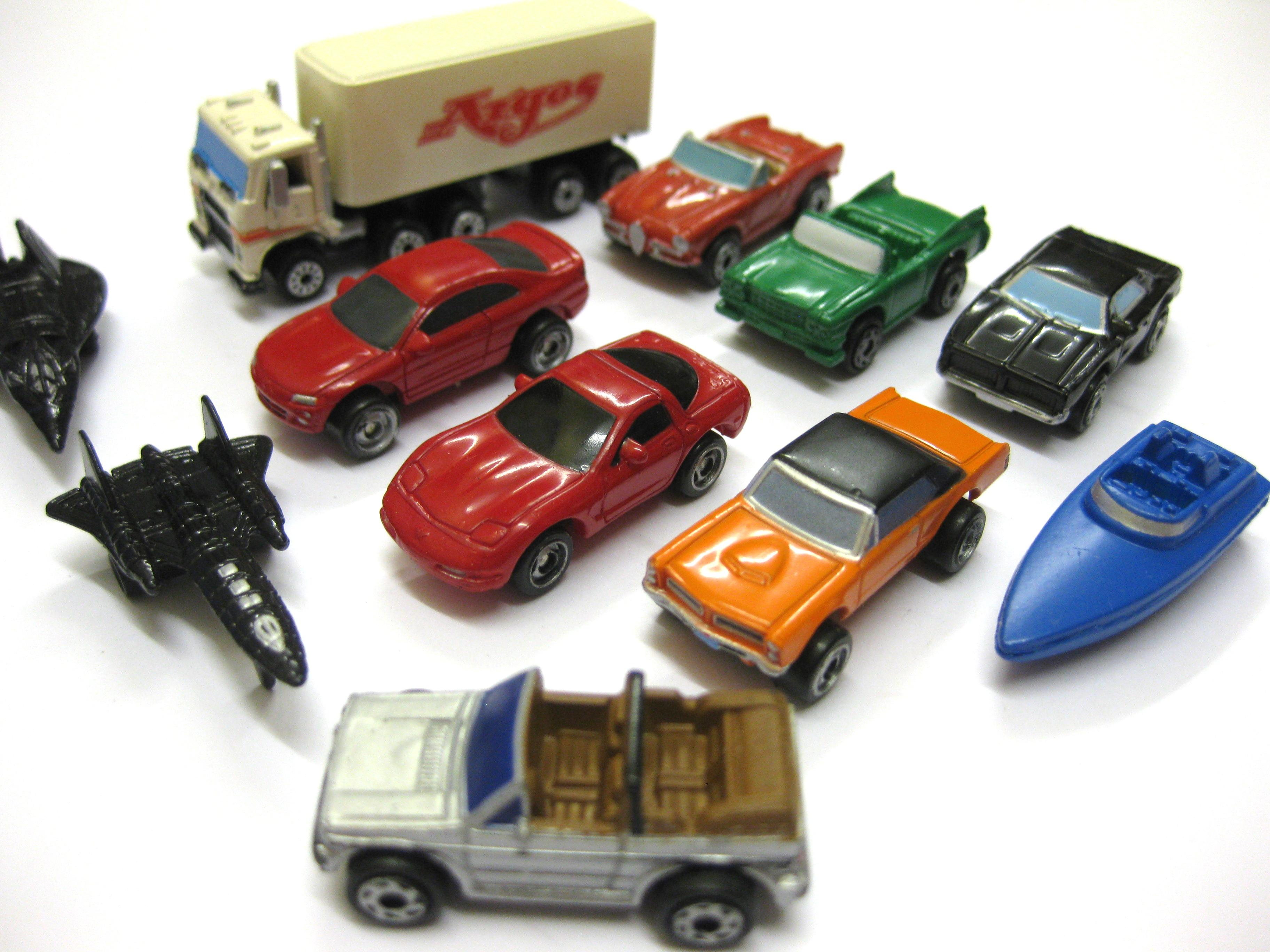HQ Micro Machines Wallpapers | File 738.88Kb