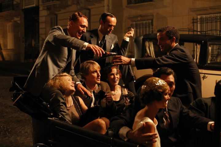 Amazing Midnight In Paris Pictures & Backgrounds