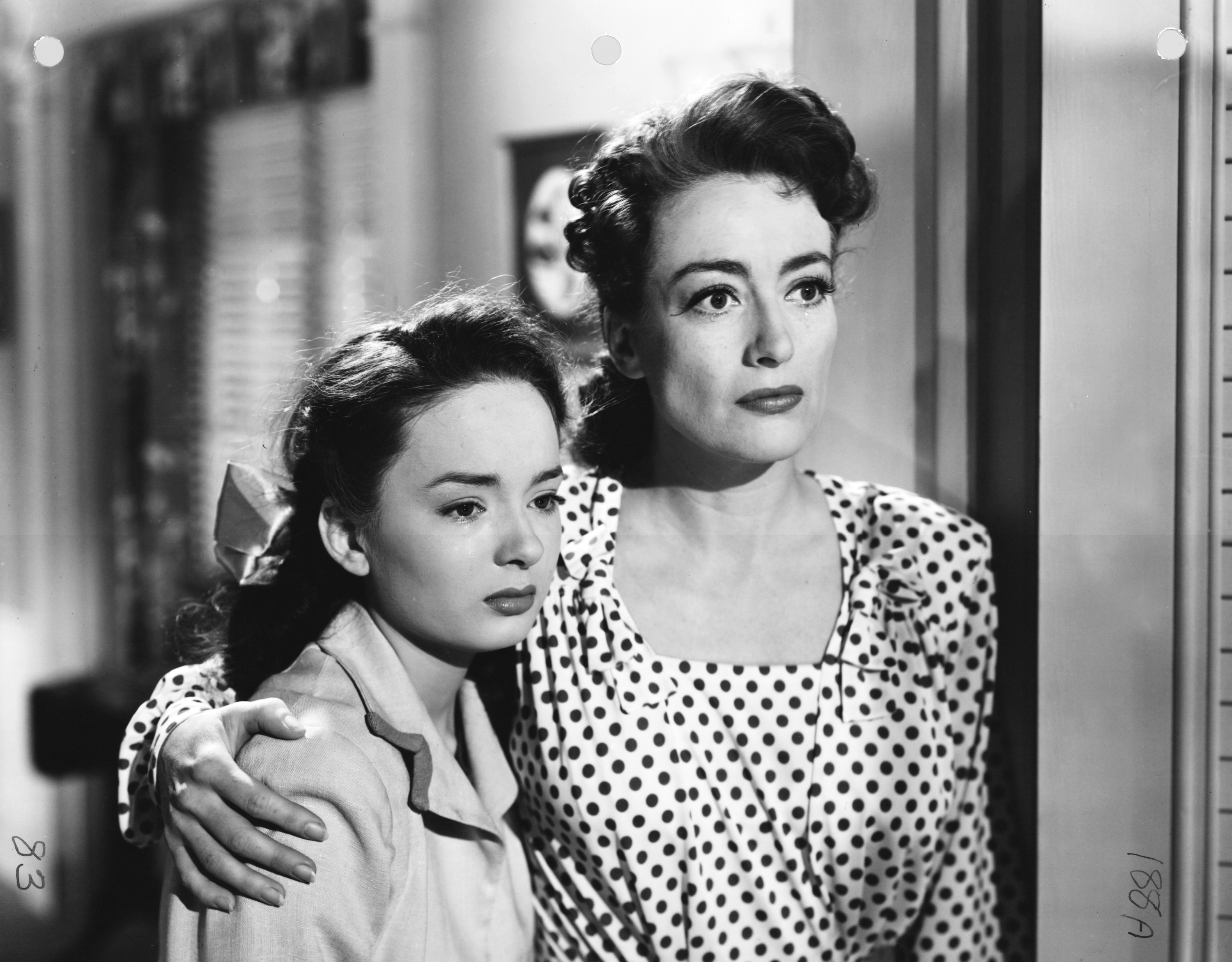 Images of Mildred Pierce | 3000x2344