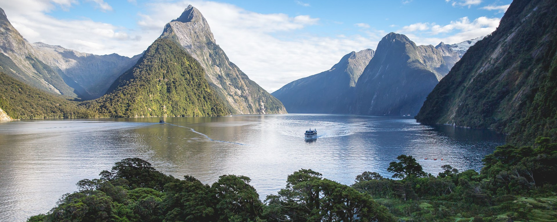Milford Sound Backgrounds, Compatible - PC, Mobile, Gadgets| 1920x768 px