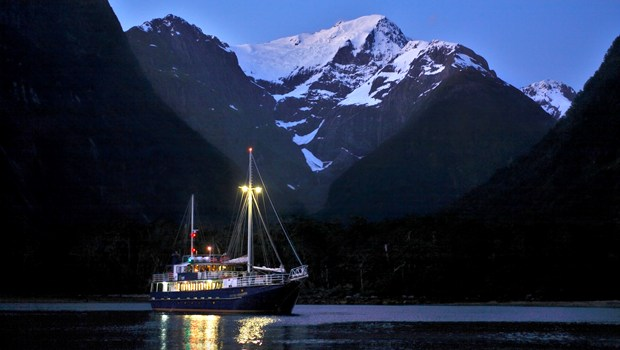 Nice wallpapers Milford Sound 620x350px