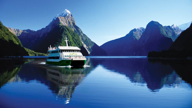 Images of Milford Sound | 800x450